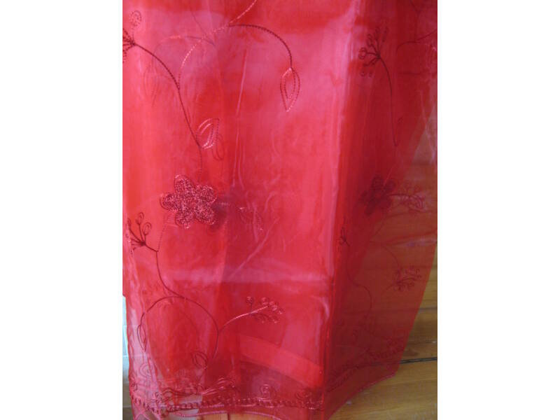 bordó  függöny  virágokkal 300cmx250cm